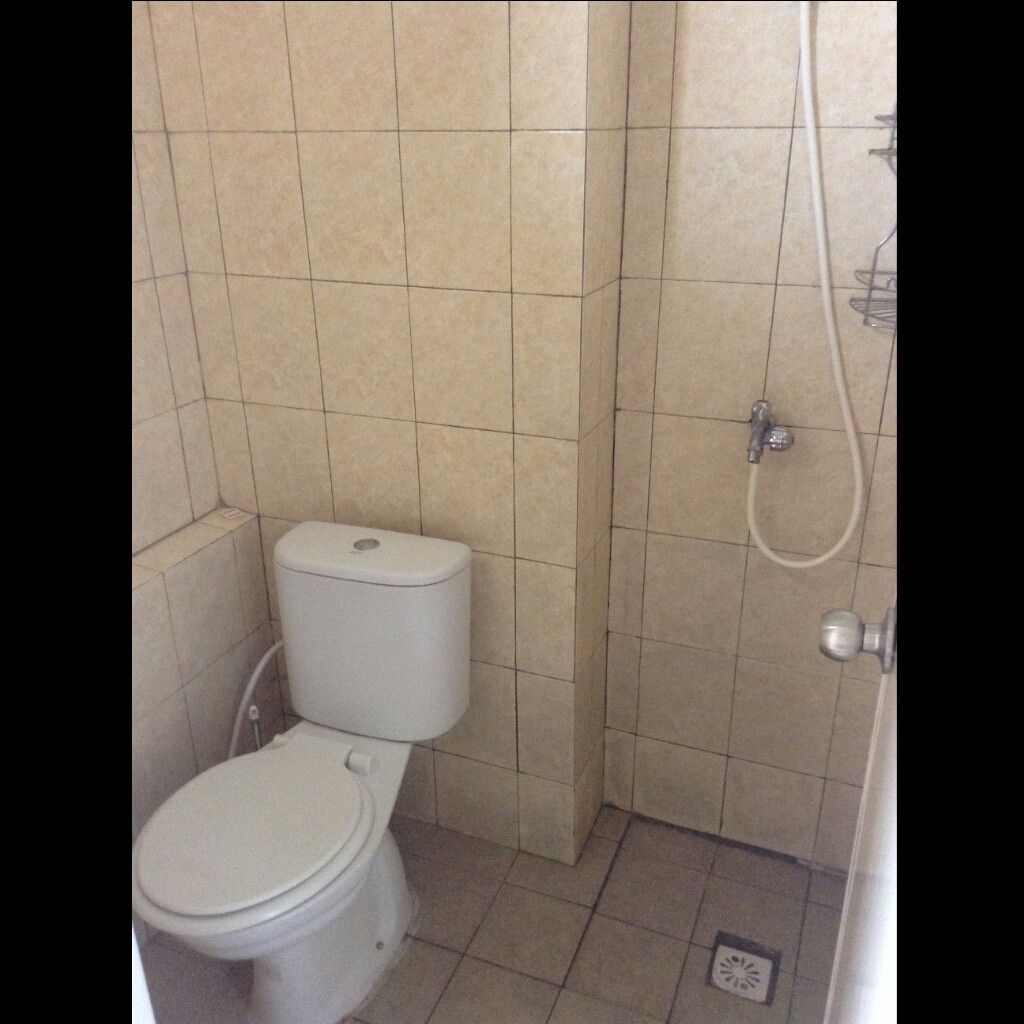 Toilet Apartemen Margonda Residence